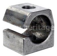 ロッカーアームマウンティングブロック(1600ccエンジン用)
